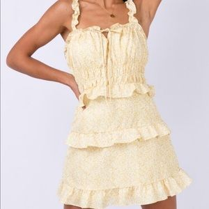 Dresses & Skirts - Yellow floral ruffle tie front mini dress